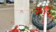 16-4-Memorial